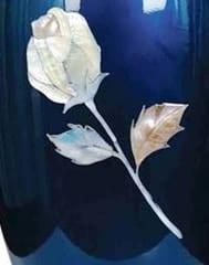 pearl rose urn