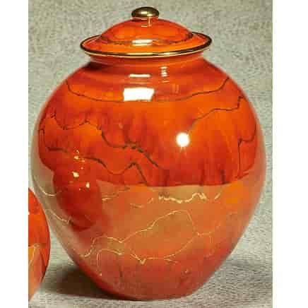 Cinnamon Corona Ceramic Urn